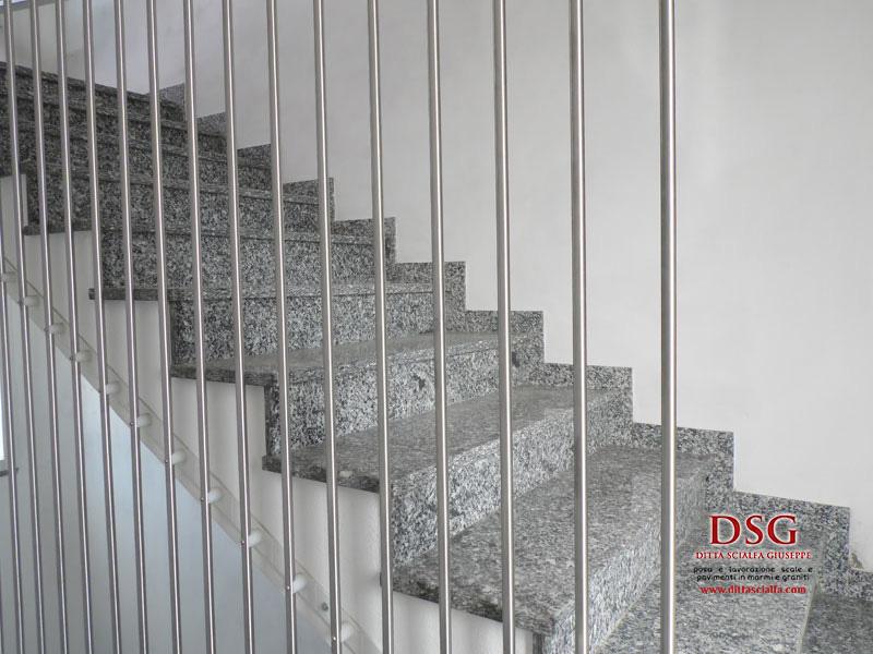 Scala in serizzo e acciaio dsg - Scale in granito per interni ...